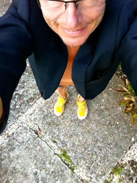 Selfie débile mais réel du coureur heureux qui vient de remettre sa veste de costard !