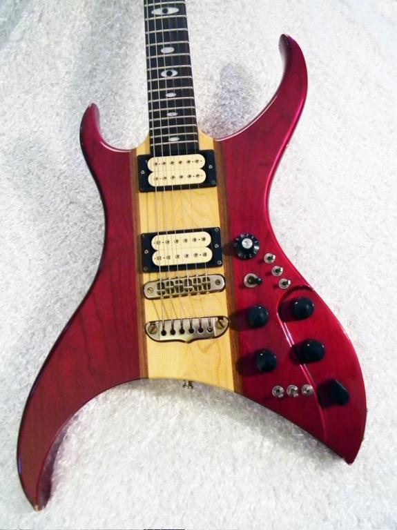 aria-u-100-guitar.jpg